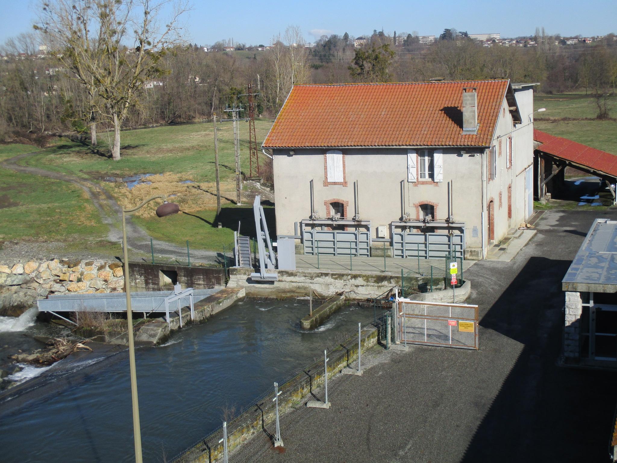 Centrale hydraulique régie miramont
