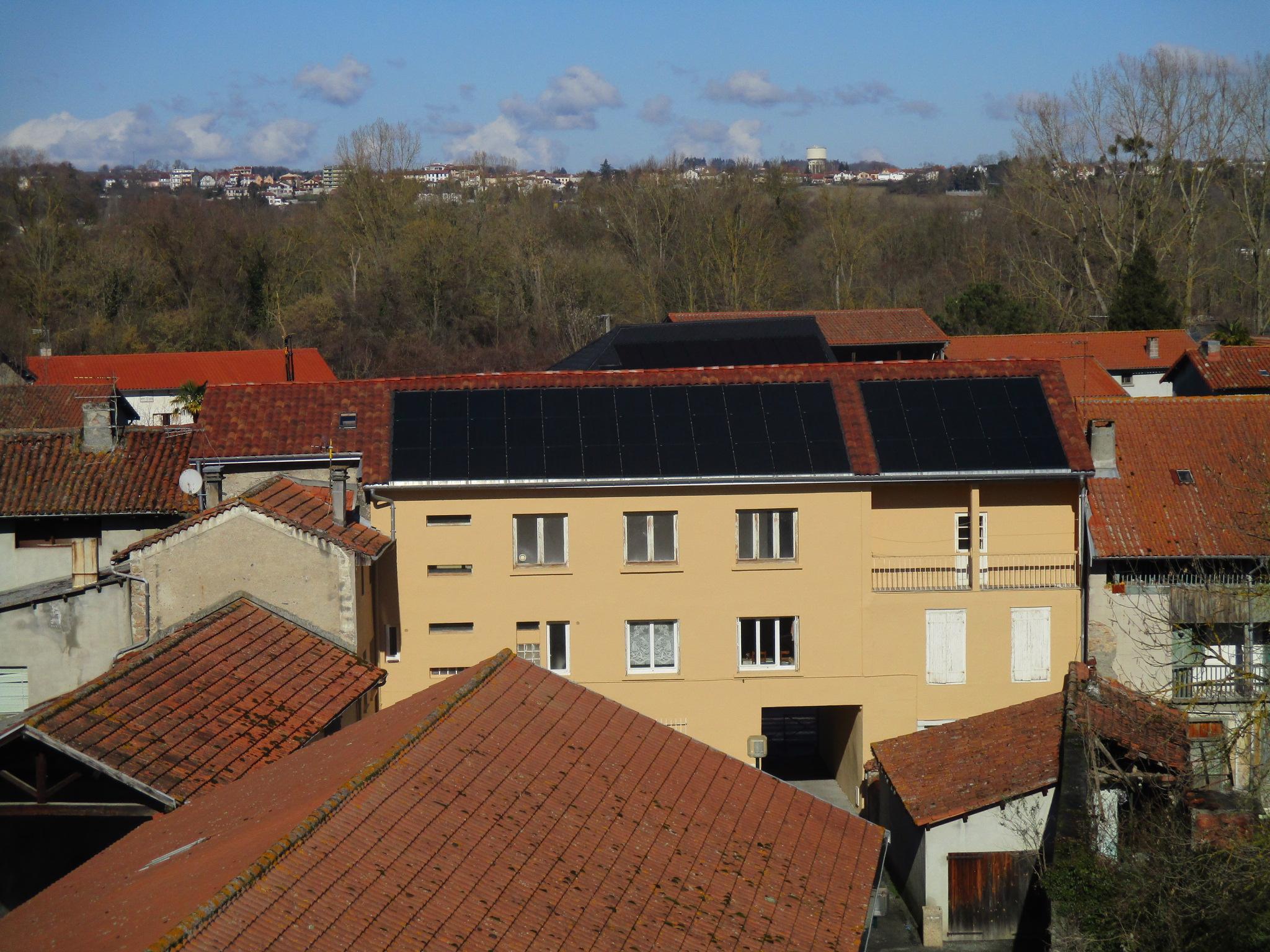 Panneaux photovoltaïques régie miramont